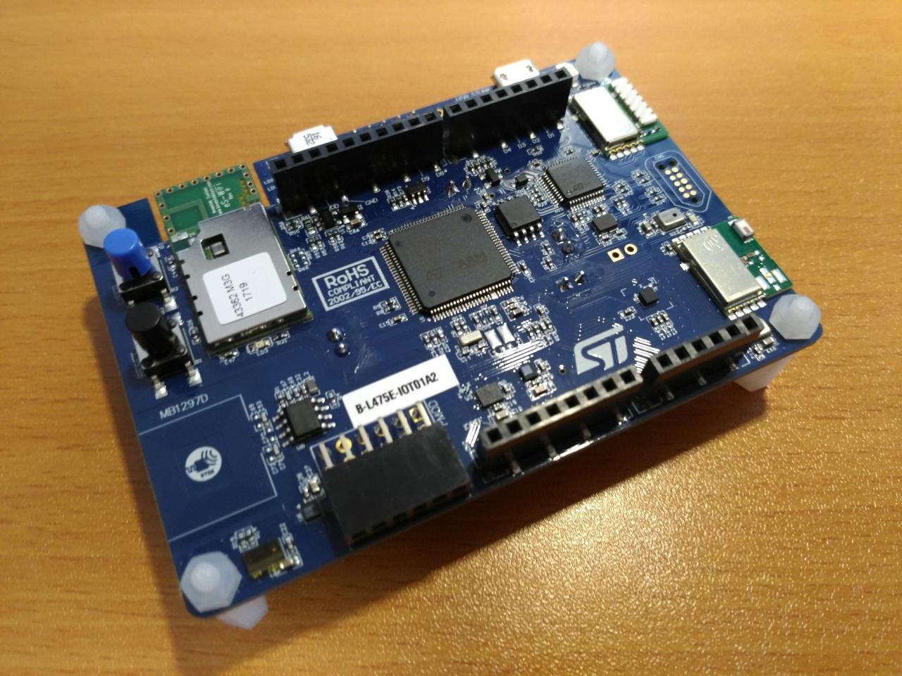 STM32 by ST B-L475E-IOT01A1 STM32L4 Discovery kit IoT node low-power...